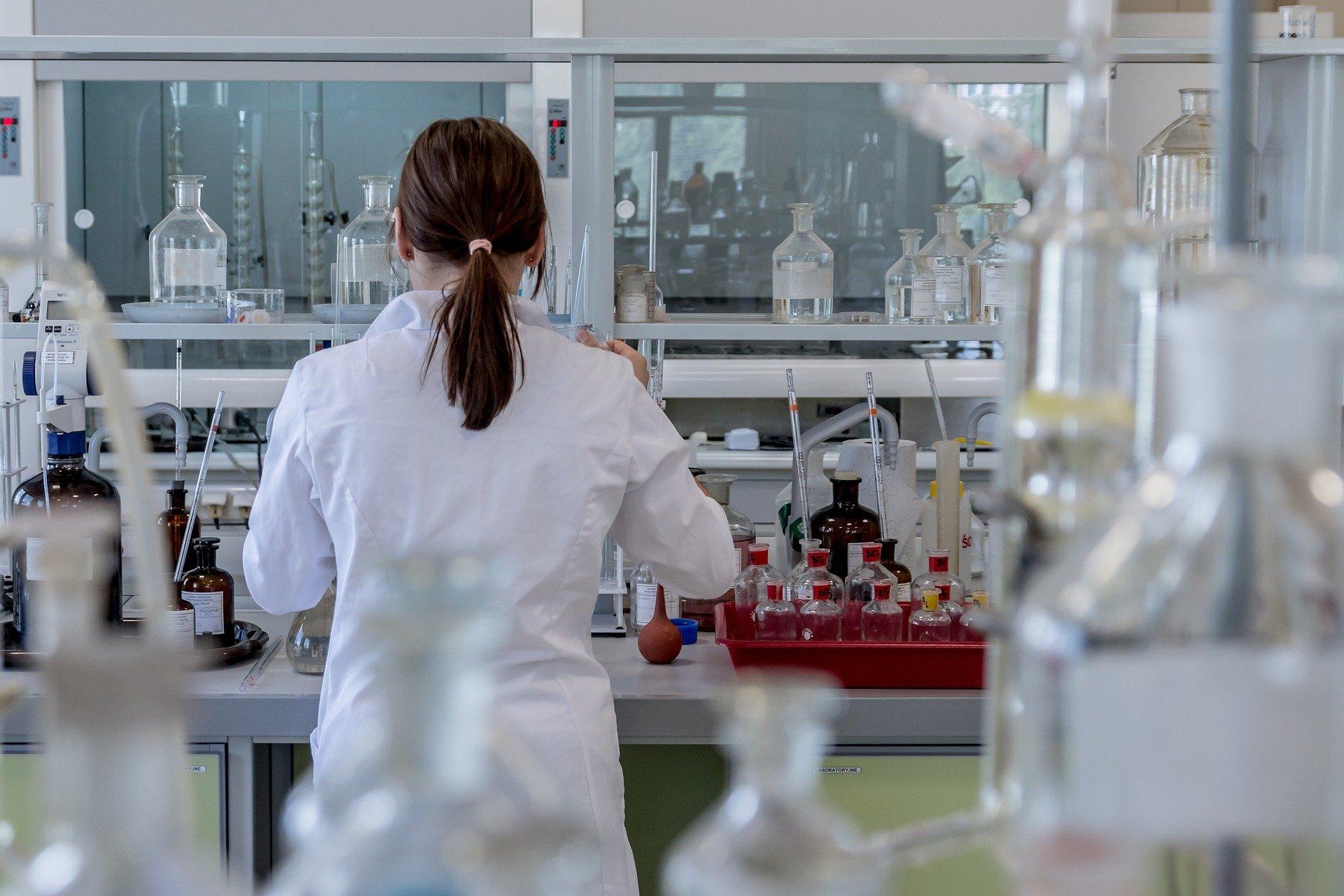 laboratory 2815641 1920